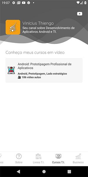 Tela dos cursos do canal YouTube do app Android